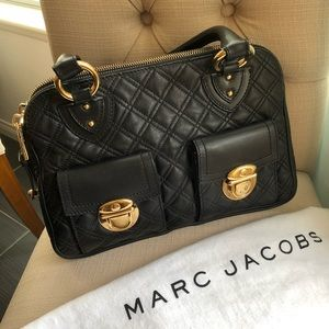 MARC JACOB LEATHER QUILTED BAG....